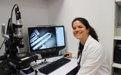 Les « BioMEMS » expliqués par Deniz Pekin : quand la science fabrique des outils miniaturisés pour mieux diagnostiquer les cancers
